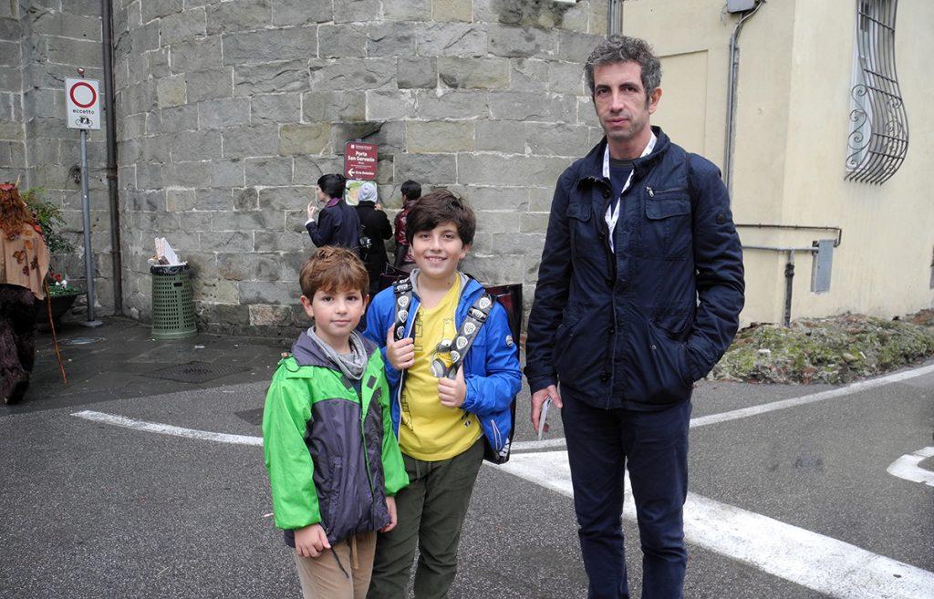 Lucca 2019 - Papà e bimbi in giro per la città